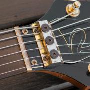 Gibson Flying V2